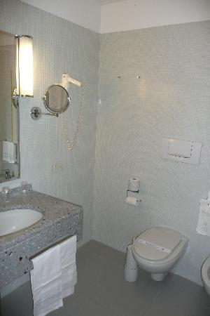 Hotel Grand Italia Residenza d'Epoca: Bathroom