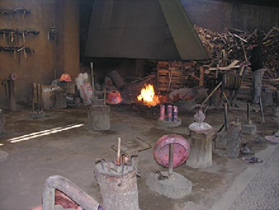 travail du cuivre dans le village de santa clara del Cobre