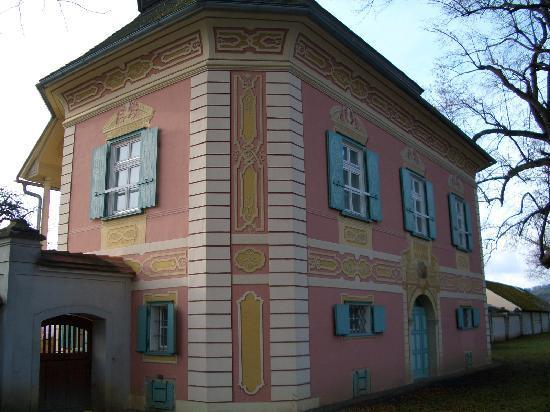 Augustiner Chorherrenstift Vorau: Stift Vorau, das schön bemalte Gärtnerhaus