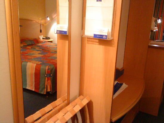 Pavillon Italie: Mirror.