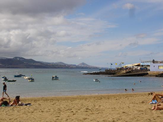 Las Palmas de Gran Canaria, İspanya: Las Canteras Stranden
