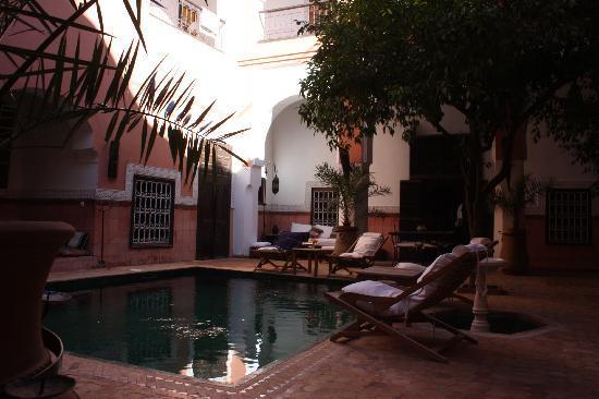 里亞德巴拉庫飯店照片