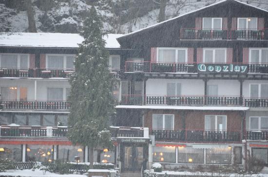 Hotel Gonzlay: prise de l'autre coté de la Moselle