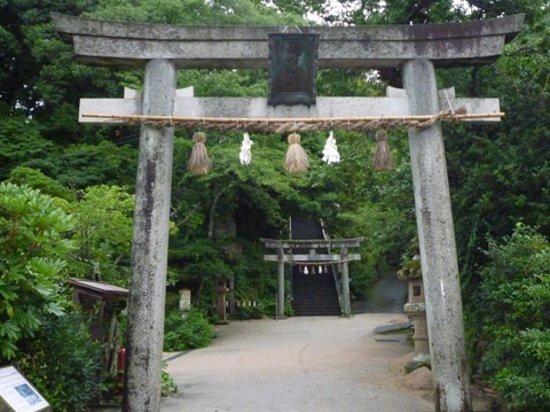 Tamatsukuriyu Shrine : 玉作湯神社