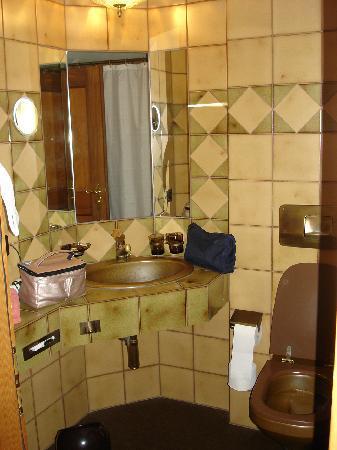Hotel Löwen: Badezimmer