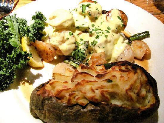 The Keg Steakhouse + Bar - Halifax : Sirloin Oscar with twice baked potato
