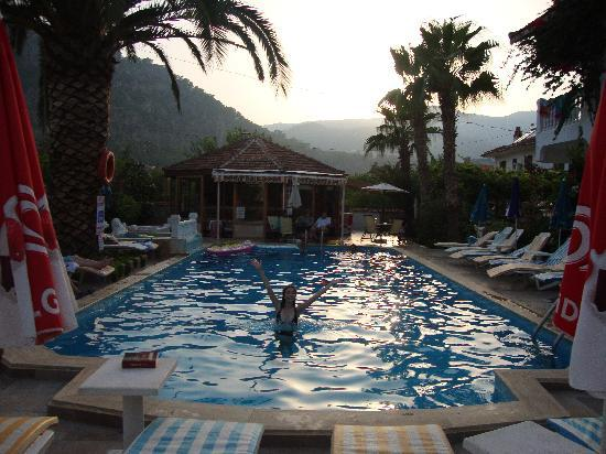 ‪‪Mehtap Hotel Dalyan‬: Swimming pool‬