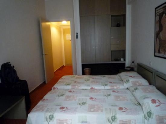 Adrian Hotel: お部屋