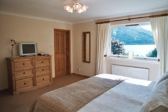 Highland View Bed and Breakfast: Loch Linnhe room