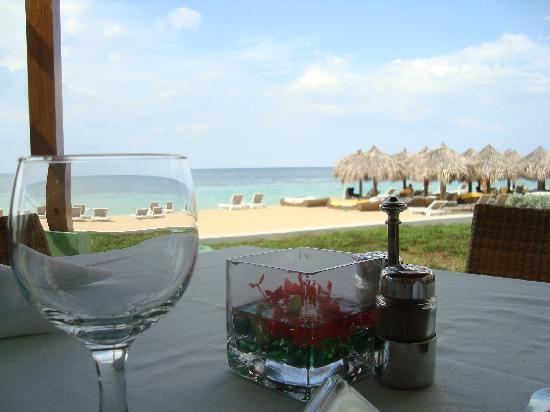 Iberostar Grand Hotel Rose Hall: inside the beach buffet