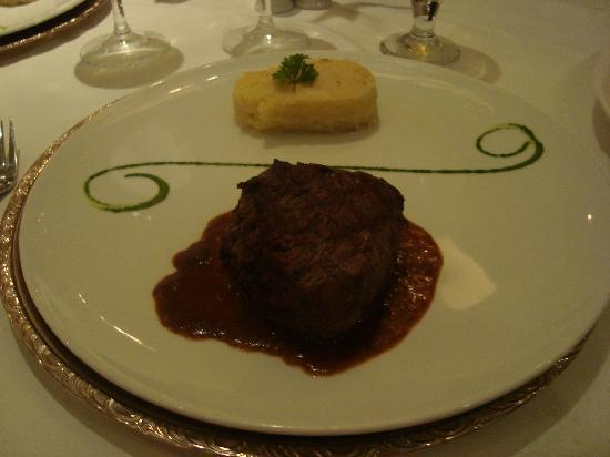 Iberostar Grand Hotel Rose Hall: Fillet in the surf and turf