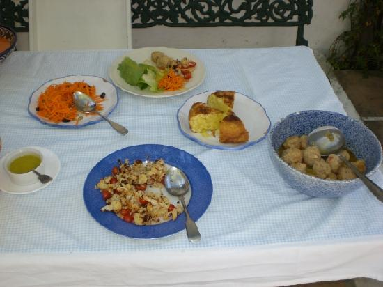 Cazalla de la Sierra, Spagna: FOOD LUNCH ON ARRIVAL
