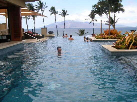 Four Seasons Resort Maui at Wailea: adult only pool