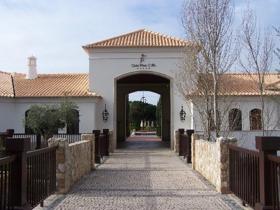 Pine Cliffs Residence, a Luxury Collection Resort: entrance