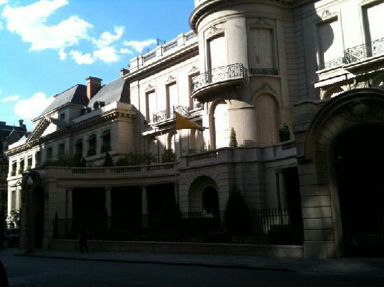 Palacio Duhau - Park Hyatt Buenos Aires: Duhau palace front