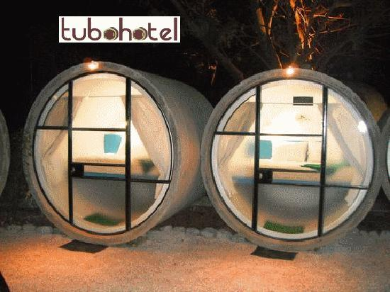 Tubohotel: sleeping in the tubes is comfortable maintaining a stable temperature both day and night