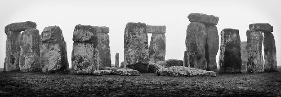 Salisbury, UK: Stonehenge, early morning