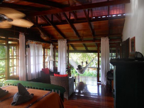 La Paloma Lodge: our room