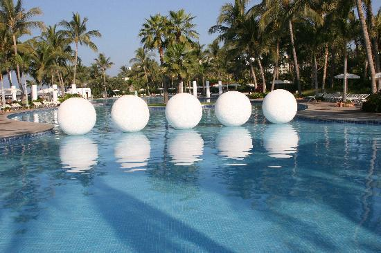 Mayan Palace at Vidanta Nuevo Vallarta: large pools