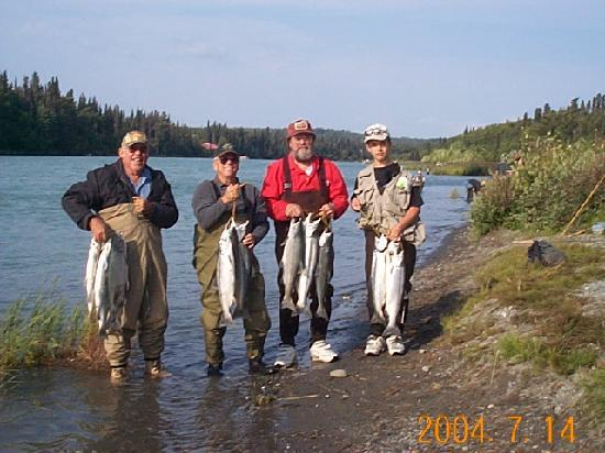 Upper Kenai River Inn : A great day fishing