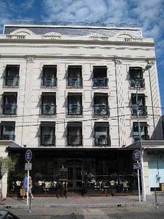 Front of Hotel Sainte Jeanne