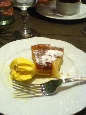 Bistrot Richelieu: This was my delicious pear tart.