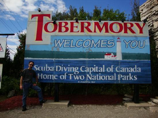 Coach House Inn: Tobermory Sign