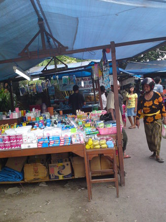 Sanur, Indonesia: 日常品屋