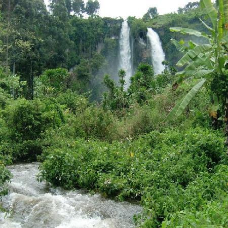 Sipi, Uganda: ロッジからのシピの滝