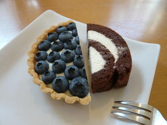 Bikamu: ロールケーキとブルベリータルト