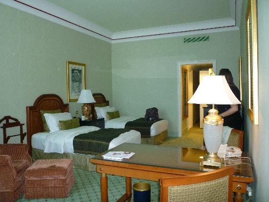 فندق الرتيزكارتون الدوحة