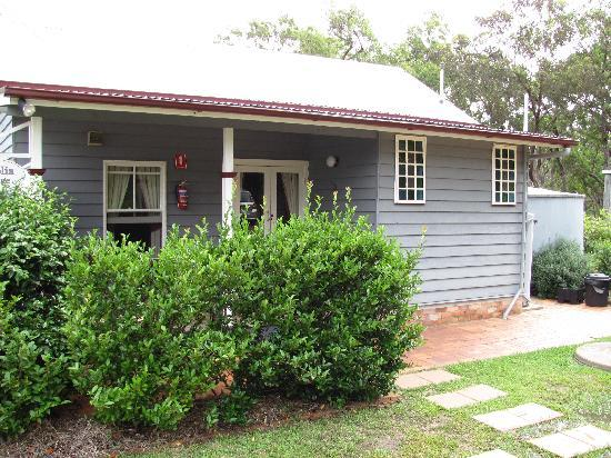 Diamondvale B&B Cottages: Camelia Cottage