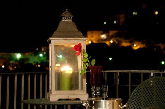 Villa Euchelia Resort: Vista Notturna dal Balcone