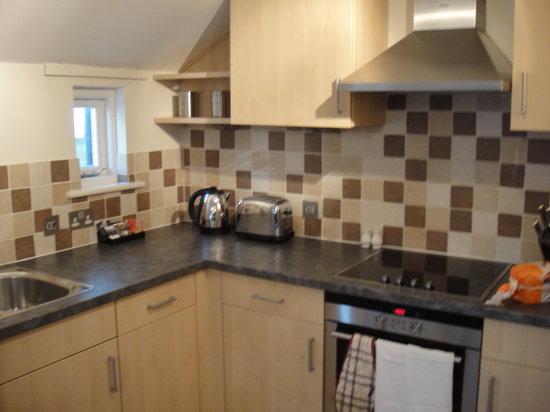 Norwich Street Apartments - Peymans : キッチンはかなり広いです