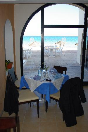 SENTIDO Djerba Beach : table restaurant