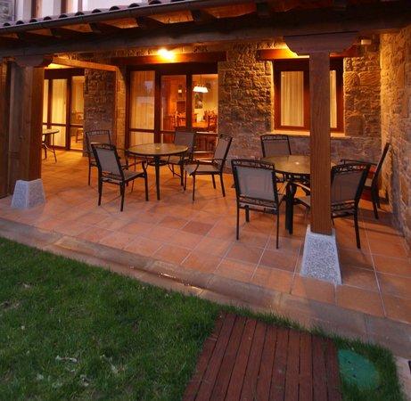 Casas Rurales Espargoiti I y II: Porche