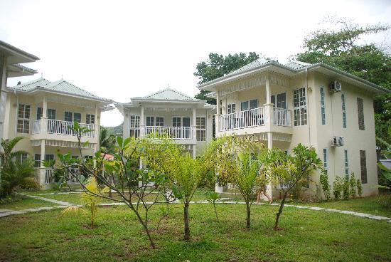 Bord Mer Villa: Garden