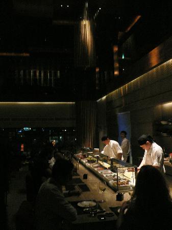 Zuma: sushi bar