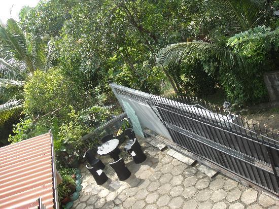 Ranthil Resort Guest House: вид с балкона номера