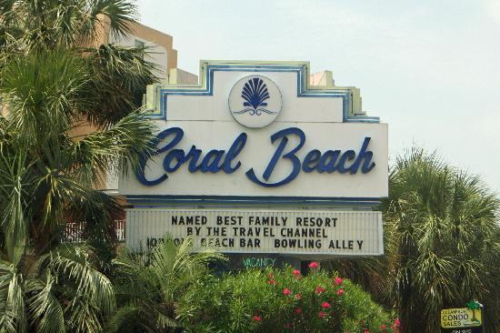 Coral Beach Resort & Suites: Wasn't surprise they were voted #1 by the travel channel.