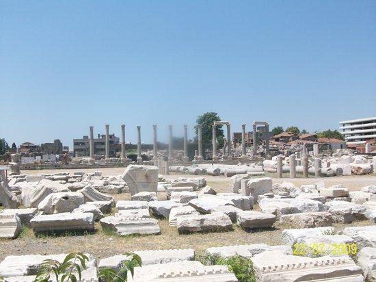 Agora Open Air Museum: Izmir Roman Agora