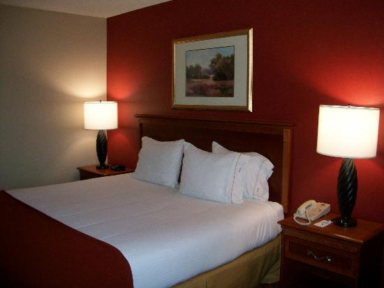 Holiday Inn Express Solvang : Holiday Inn Express, Solvang 1