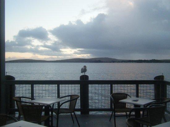 The Tides Wharf Restaurant: Bay view