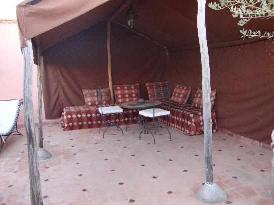 Riad Al Tainam: terraza del riad 2