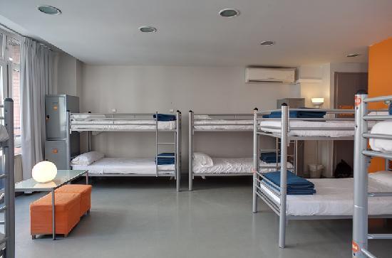 Photo of Alberguinn Sants Youth Hostel Barcelona