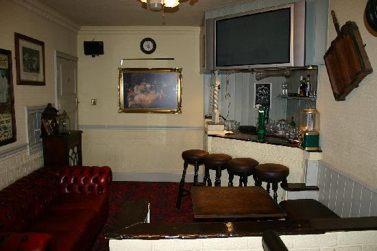Avondale Guesthouse : Bar lounge