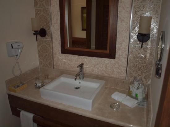 Melia Buenavista: Bathroom sink