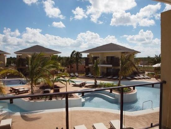 Melia Buenavista: Pool view room (deep bungalow pool...not complete)