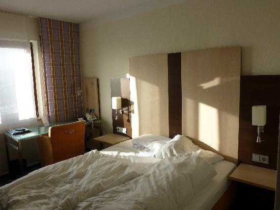 Hotel Bruchsal Scheffelhoehe: Zimmer