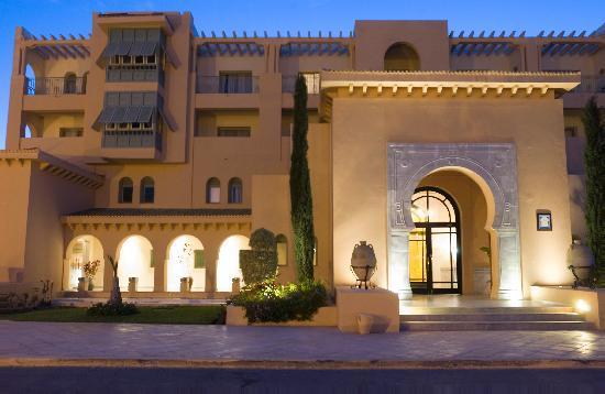 Alhambra Thalasso Hotel: Entrée